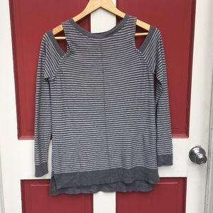 Trouve Sz Sm Cold Shoulder Long Sleeved Sweater